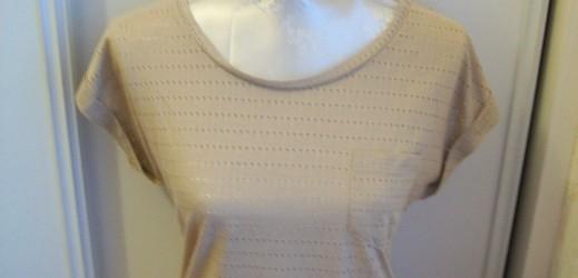Tee shirt Pimkie (cliquer sur l'article pour plus de photos)